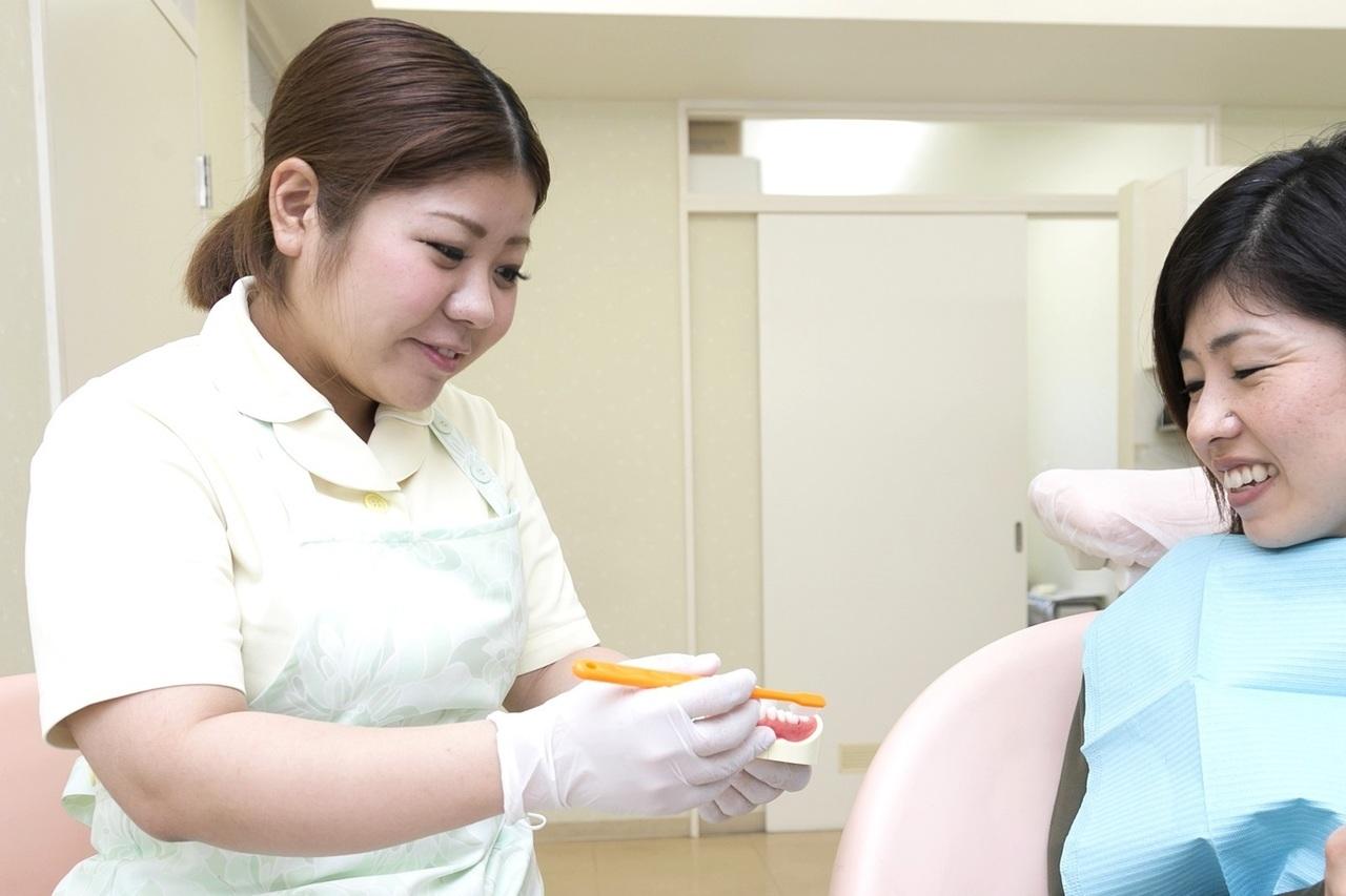 足立区綾瀬の歯医者 新井歯科医院 歯周病治療 歯磨き方法のレクチャー