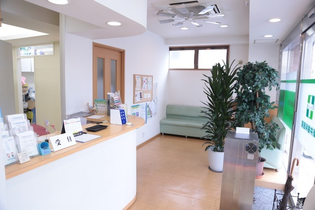 足立区綾瀬の歯医者 新井歯科医院 待合室